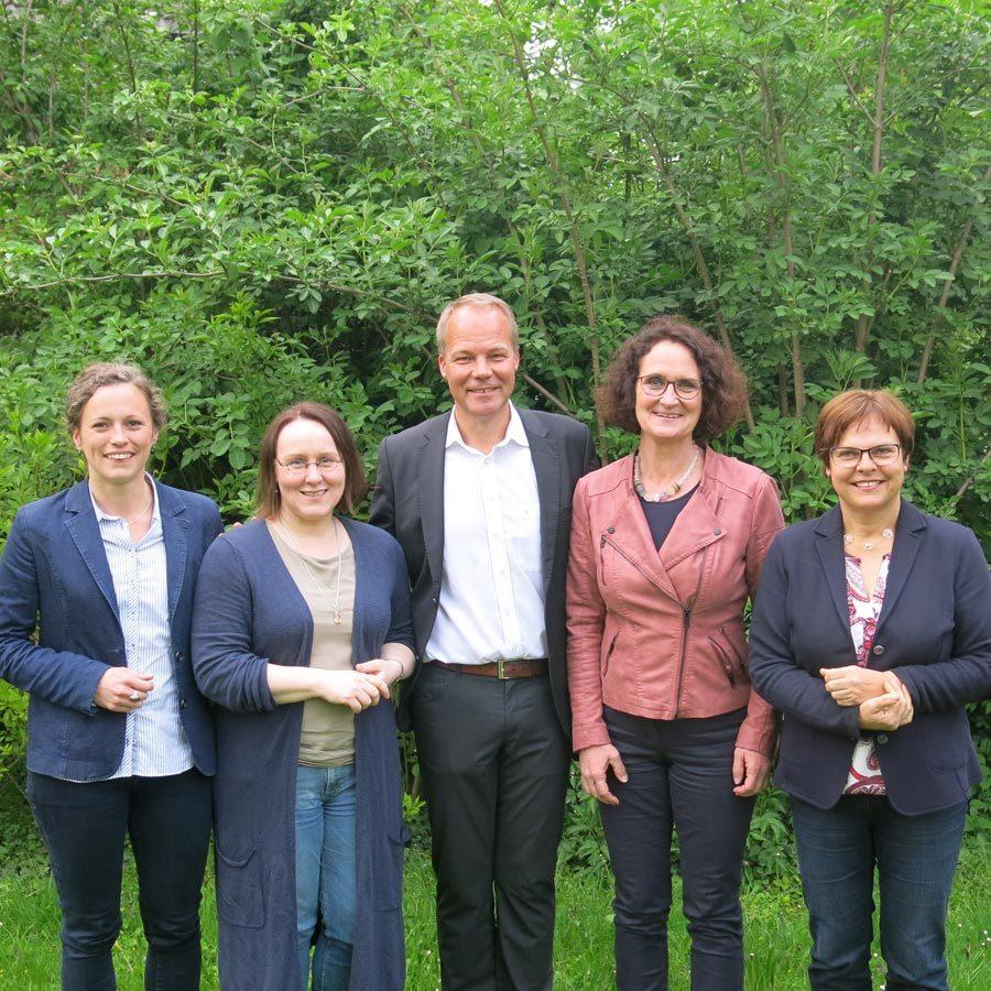 Thordies Hanisch, Claudia Schüßler, Dr. matthias Miersch, Kerstin Liebelt und Silke Lesemann beim Calenberger Treff am 3. Mai 2017